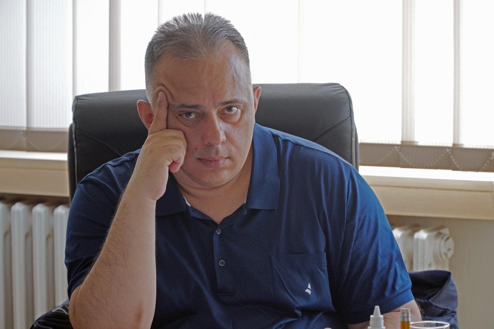 Проф. др Игор Новаковић